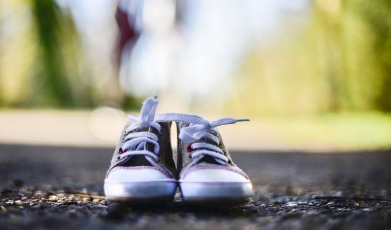 http://www.bubbleskinderschoenen.be/dit-zijn-de-10-geboden-van-goede-kinderschoenen/