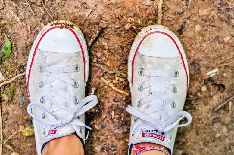 http://www.bubbleskinderschoenen.be/hoe-maak-je-die-sneakers-weer-helemaal-wit/